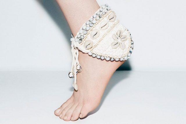 5 lí do khiến da tay chân bị khô ráp nứt nẻ mà có thể bạn chưa biết!