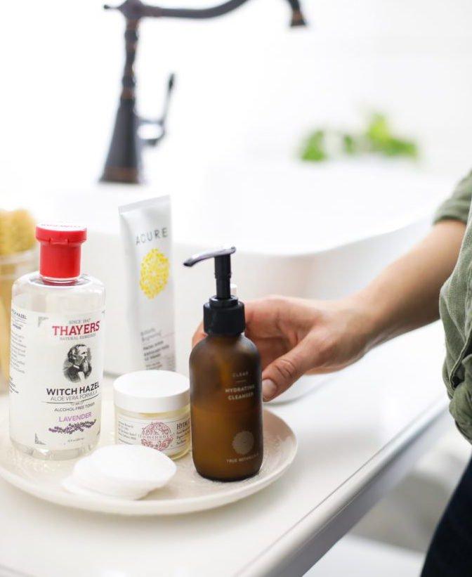 """""""Natural Skincare"""" có thực sự mang ý nghĩa là skincare tự nhiên? Cùng nghe 5 công ty mỹ phẩm lớn chia sẻ"""