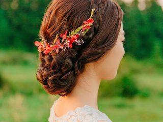"""3 kiểu tóc ngang lưng uốn đuôi """"chiều lòng"""" cô dâu dù là khó tính nhất"""
