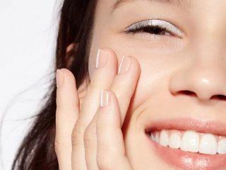 Lotion dưỡng ẩm hay Kem dưỡng ẩm mới là best choice cho làn da của bạn?