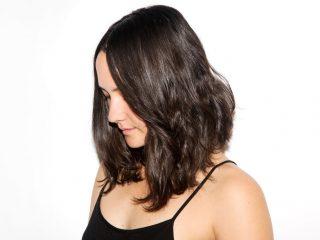 Ca khó: Cách giữ nếp tóc xoăn khi da đầu dị ứng với gel giữ nếp?