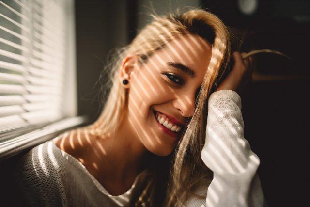 Hàm răng trắng sáng đẹp mắt và 9 lợi ích đi kèm có thể bạn chưa biết