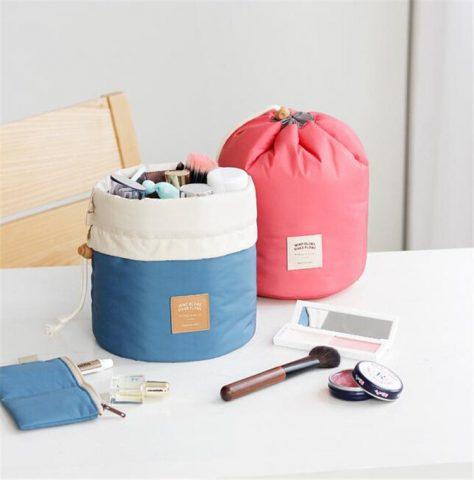 <span class='p-name'>Chuyến du lịch hoàn hảo với 5 mẫu túi đựng mỹ phẩm du lịch sau đây</span>