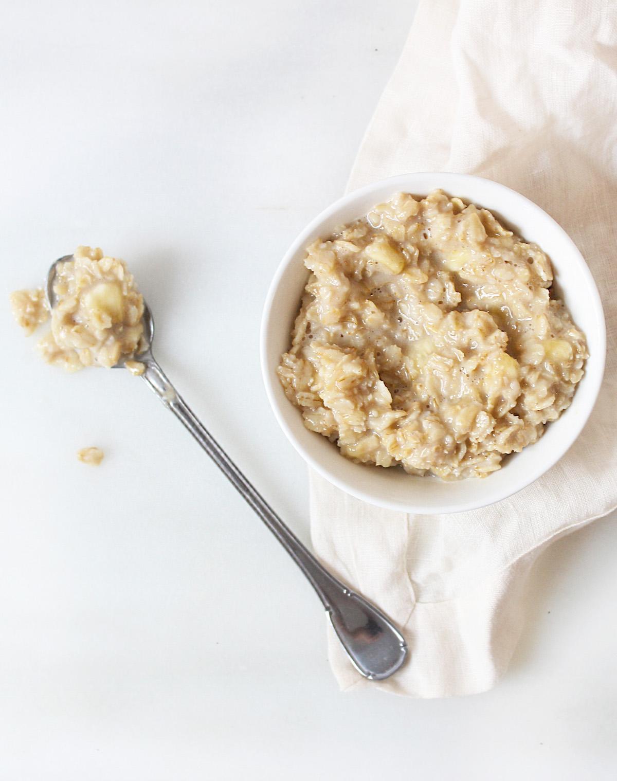 Cách làm mặt nạ khoai tây sữa tươi yến mạch