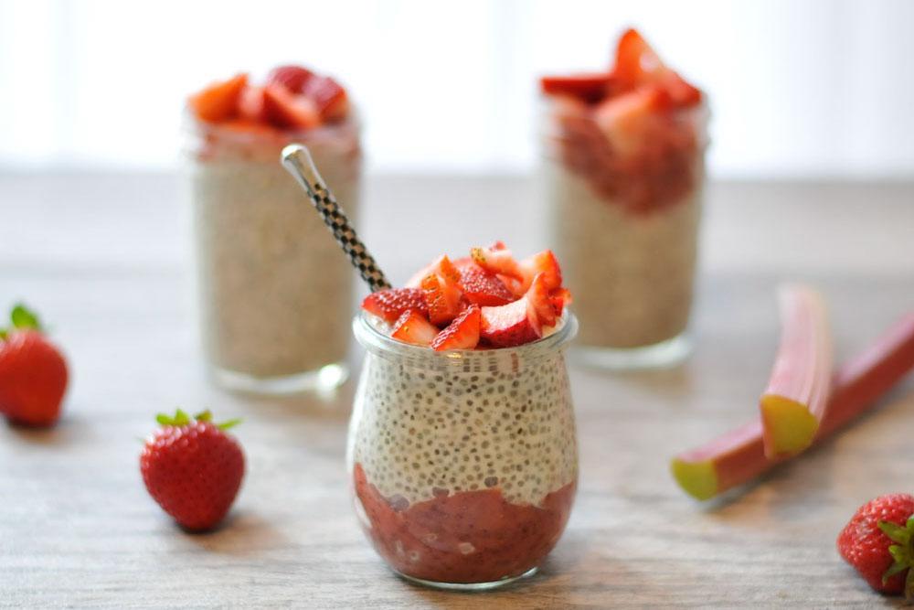 Pha chế thức uống ngon khó cưỡng từ hạt chia và 3 loại thực phẩm sau