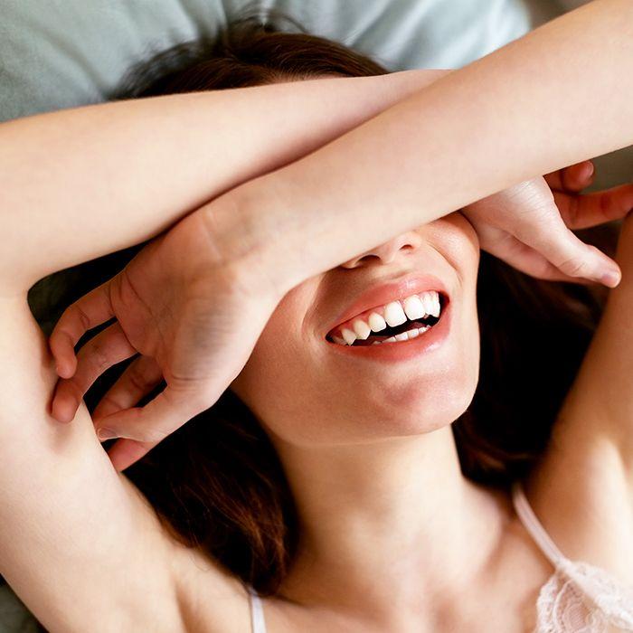 4 cách làm trắng răng đơn giản với các nguyên liệu thiên nhiên