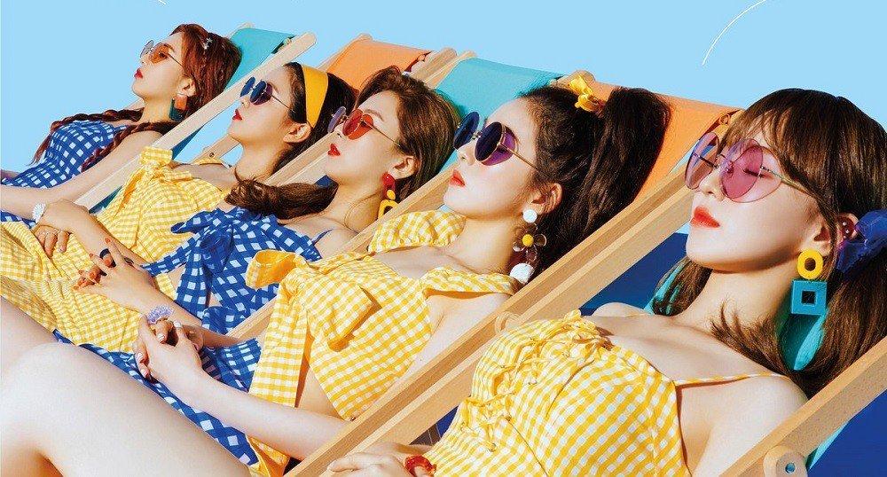 Red Velvet trong MV Power Up