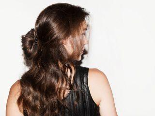 Thực phẩm chức năng & Dầu gội – Combo hoàn hảo cho mái tóc dài óng mượt