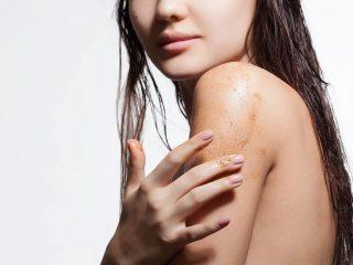 Câu hỏi muôn thuở: Liệu tẩy tế bào chết có làm mòn da