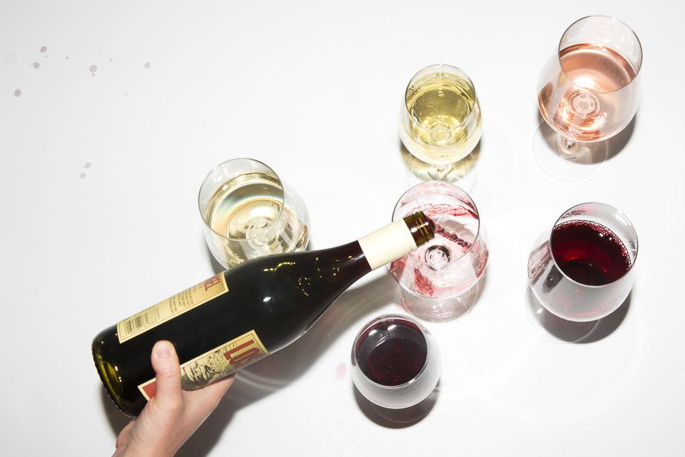 5 Tips bảo vệ răng không ố vàng vì bia rượu mùa party này!