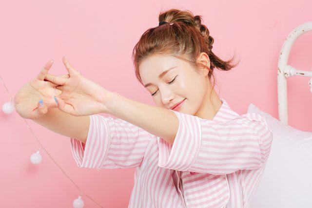 <span class='p-name'>5 Mẹo giúp mái tóc luôn đẹp như mơ mỗi sáng thức dậy</span>