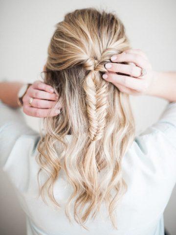 <span class='p-name'>6 Cách làm tóc không thể đơn giản hơn cho một tuần đầy bận rộn</span>