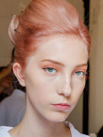 <span class='p-name'>Khai xuân năm mới với bộ makeup look đẹp vô-bờ-bến từ các sàn diễn thời trang thế giới  </span>