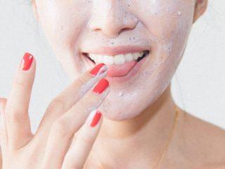 4 Thói quen cho làn da khô căng mịn mướt ẩm cả một ngày dài