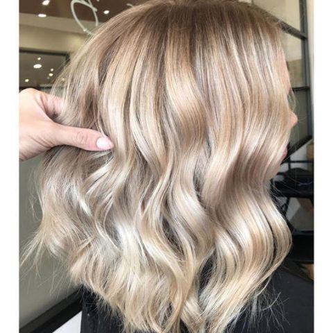 Hoà vào dòng trend: Màu tóc sâm banh đang chính là xu hướng của cả thế giới