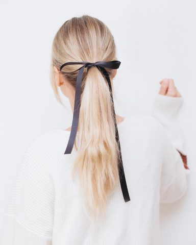 Buộc đuôi ngựa cho tóc dài đẹp với 9 kiểu sau