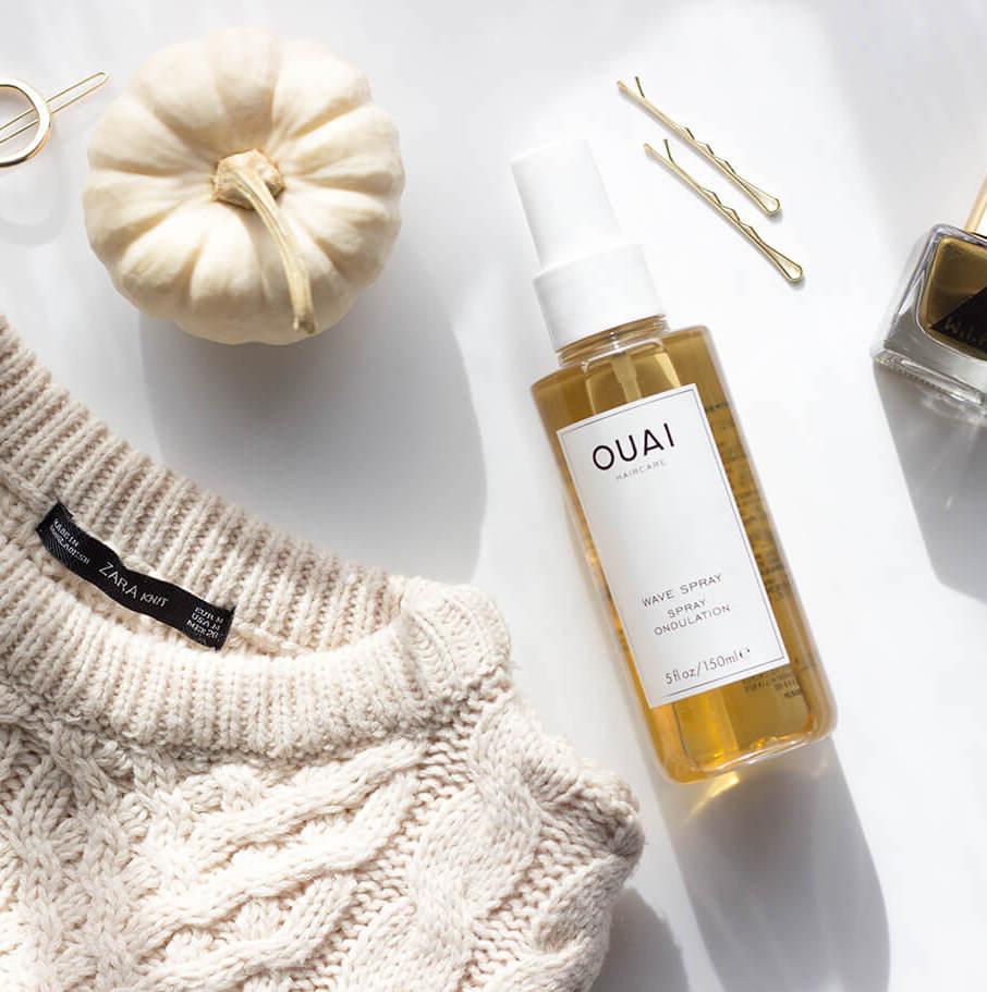 xịt dưỡng tóc uốn gợn sóng lọn to Ouai Wave Spray