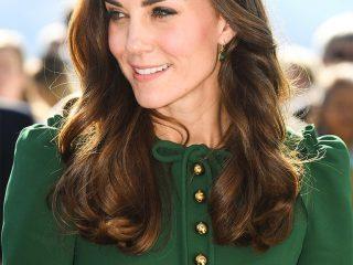 Công nương Kate Middleton – tượng đài của những kiểu tóc dài thanh lịch