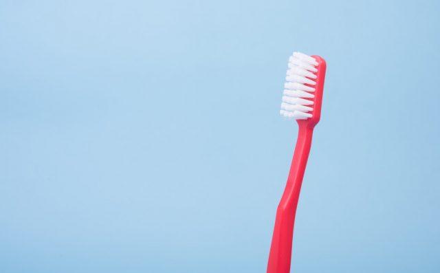 Cách tẩy trắng răng bằng oxy già, bạn đã thử chưa?