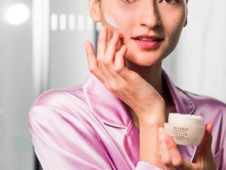 Bruna Tenório đã bật mí những loại kem dưỡng da nên dùng từ Nhật Bản của cô thế nào?