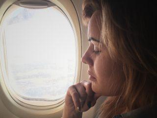 Da bị break out khi đi du lịch, làm thế nào để đối phó?