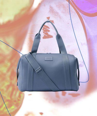 Túi đựng đồ trang điểm đi gym của bạn cần có gì?