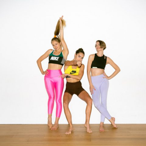 10 Bài tập thể dục giảm cân bạn áp dụng ngay tại phòng khách cho vóc dáng chuẩn siêu mẫu!