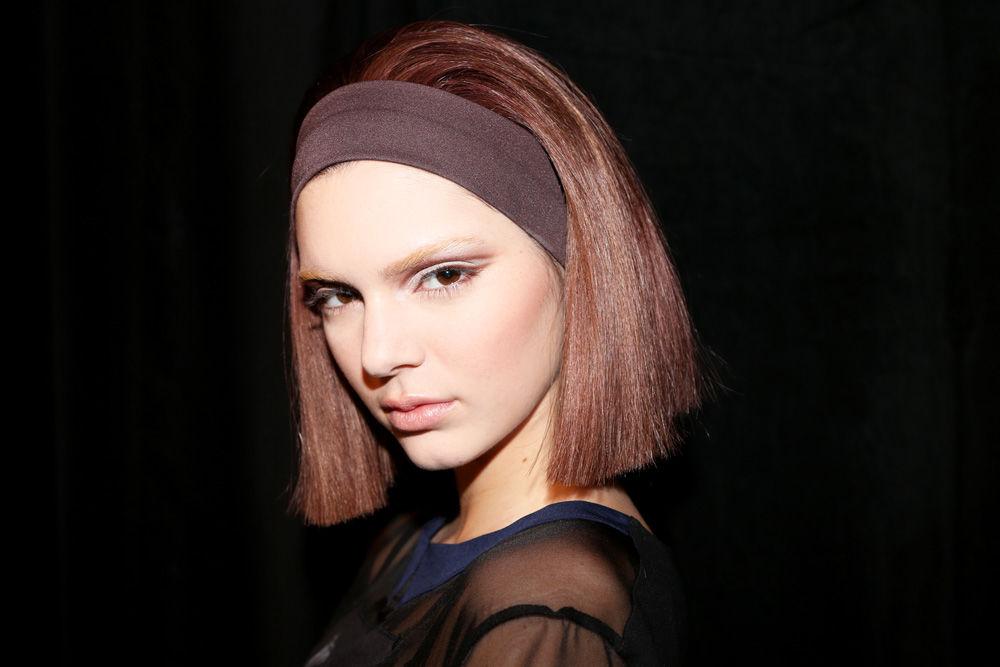 Chính bí kíp đơn giản này đã giúp Kendall Jenner có được mái tóc suôn mượt đến vậy