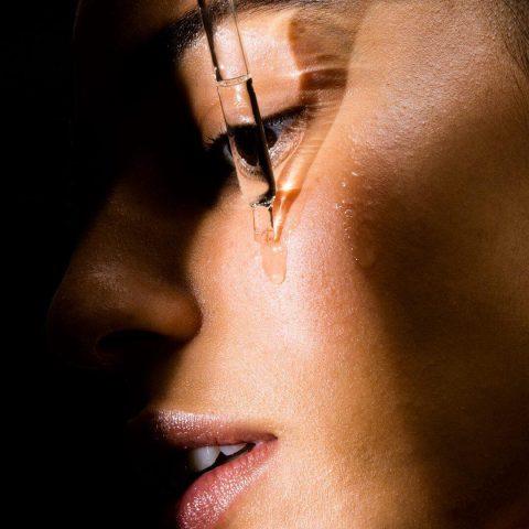 Axit Salicylic – thành phần cho da mặt bị khô sần và ngứa