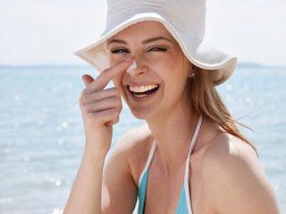 Làm thế nào để cứu vãn làn da bị cháy nắng?