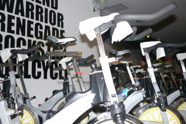 Đạp xe hay chạy bộ thì giảm cân hiệu quả hơn?