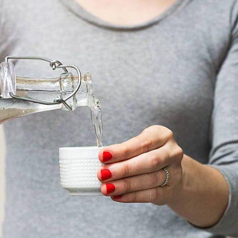 Tips trị hôi miệng bằng nước muối cho nàng