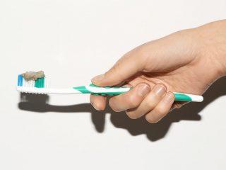 Bật mí 5 tác dụng thần kỳ về kem đánh răng mà bạn chưa biết