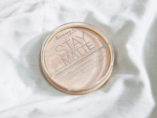 Bạn đã từng dùng qua Rimmel Stay Matte Pressed Powder chưa?