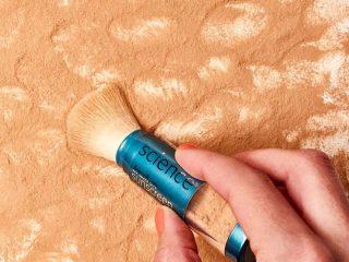Phía sau làn da khoẻ chính là kem chống nắng dạng bột!