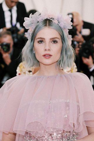 Trầm trồ với những vẻ đẹp tại Met Gala 2019!
