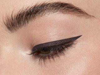 Nhật ký nàng editor: Top 5 eyeliner cho mí mắt nhờn, nhiều dầu