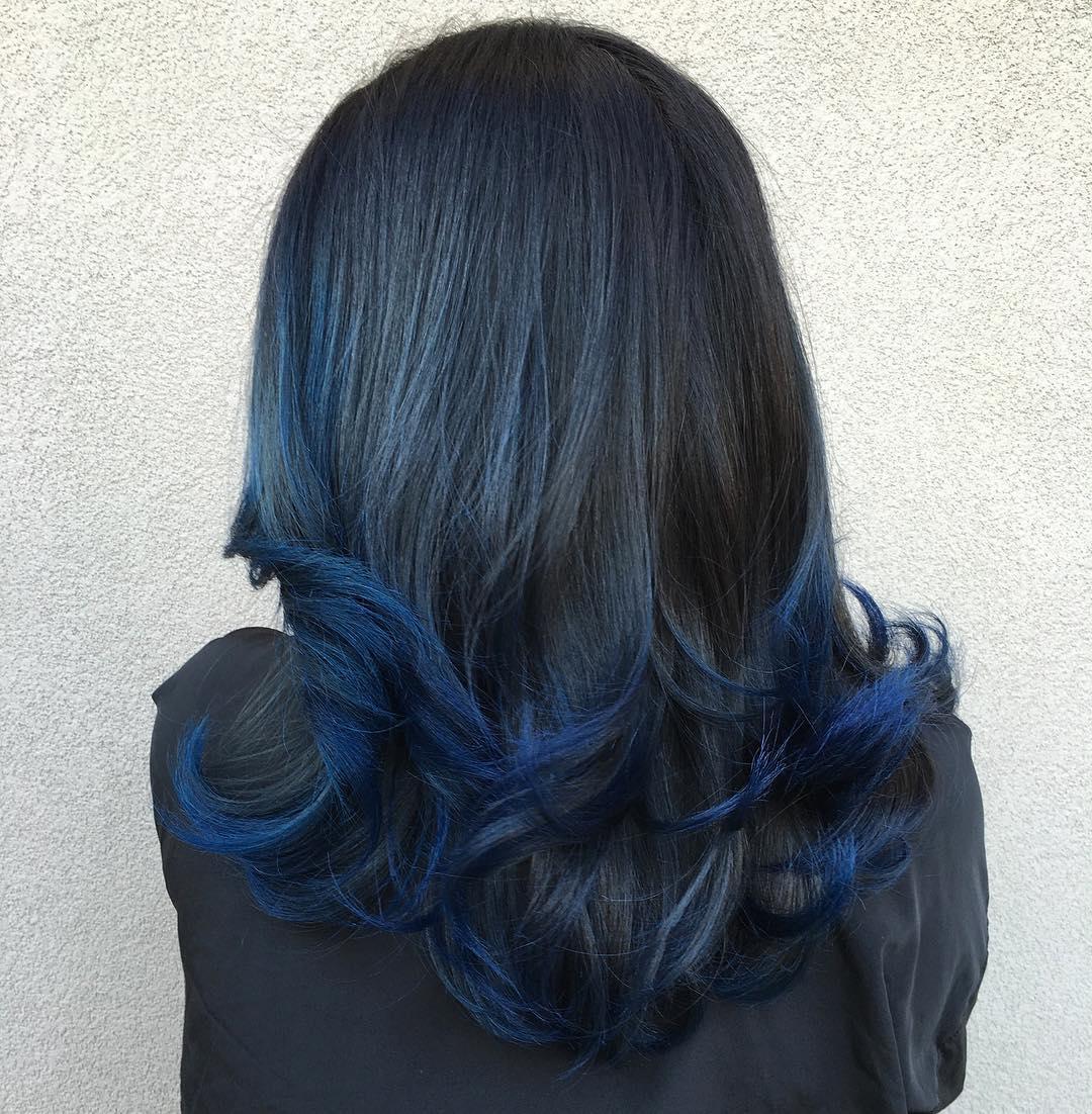 kiểu tóc màu xanh đen