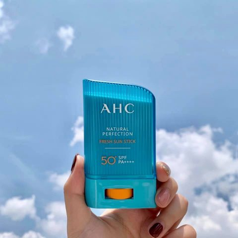 sáp chống nắng AHC Natural Perfection Fresh Sun Stick SPF50 PA++++