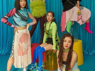 Dù trang phục gây tranh cãi nhưng Red Velvet vẫn xinh hết nấc trong MV Zimzalabim với 5 kiểu tóc sau