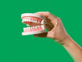 4 Cách tẩy trắng răng tự nhiên này tuy đơn giản nhưng hiệu quả vô cùng