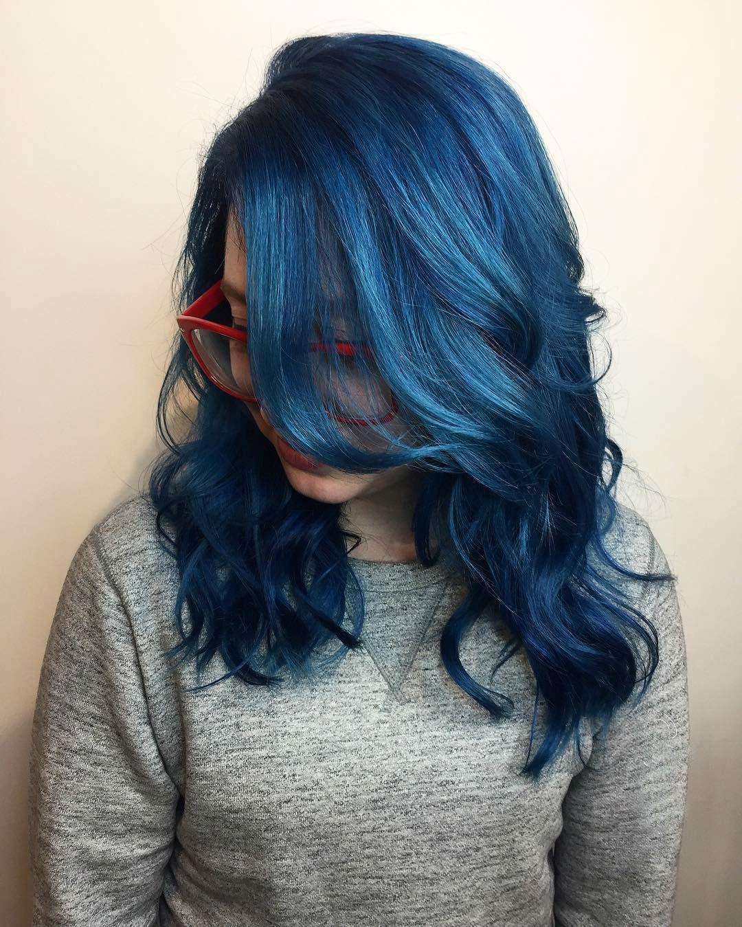 Kiểu tóc bóng Blue Vixen Hair