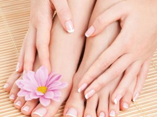 7 Tips chăm sóc da để có đôi chân trắng nõn, mềm mịn