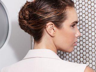 Tóc ướt – mốt tóc không thể hợp hơn cho mùa hè