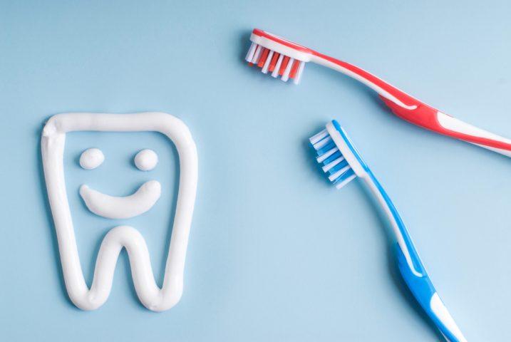 Cách trị mụn bằng kem đánh răng nhanh nhất trong 1 ngày