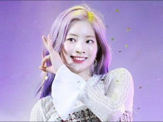 Phải công nhận Dahyun (Twice) siêng đổi màu tóc nhất và màu nào cũng đẹp mới hay