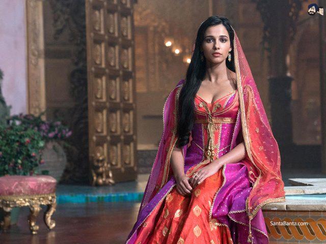 Nàng Jasmine trong phim ảnh và Naomi Scott ngoài đời thực có những kiểu tóc đẹp nào?