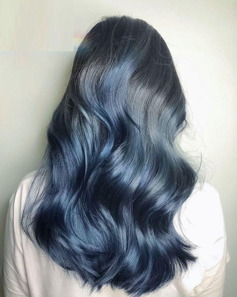 nhuộm tóc màu xanh đen