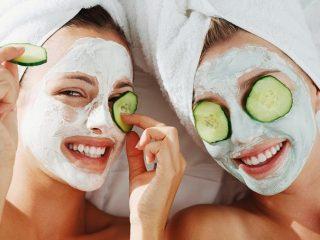 Mặt nạ đất sét này không những tẩy da chết hiệu quả mà còn giúp da luôn ẩm mịn đấy!