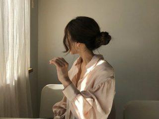 Hè rồi, 4 cách búi tóc đơn giản này sẽ giúp nàng tóc dài mát mẻ trong tích tắc